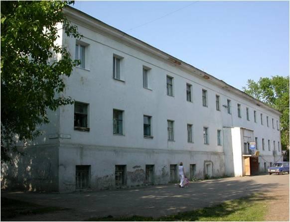 Бывшая тюрьма – сейчас жилой дом № 2 на улице Карла Маркса