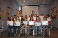 Май 2014 года, вручение дипломов детям – слушателям курса «Сказки о русских художниках», группа сотрудника ВФ Павловой Людмилы
